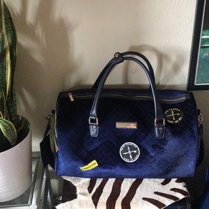 """Vince Camuto Blue Velvet Weekender Patch Bag 22"""""""